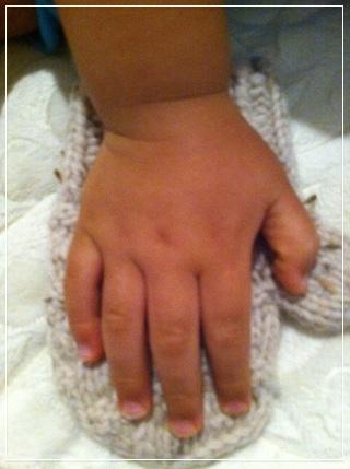 hand12093.jpg